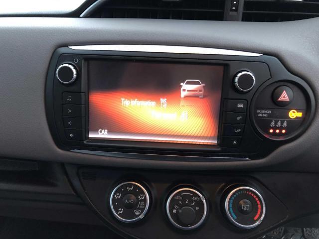 2015 Toyota Yaris - Image 9