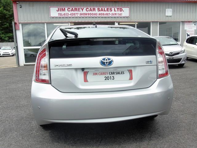 2013 Toyota Prius - Image 16