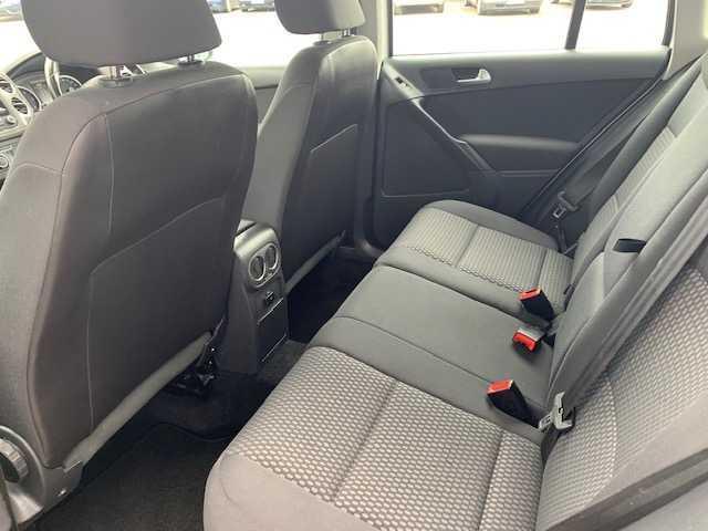 2011 Volkswagen Tiguan - Image 15