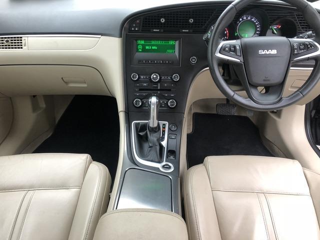 2011 Saab 9-5 - Image 13