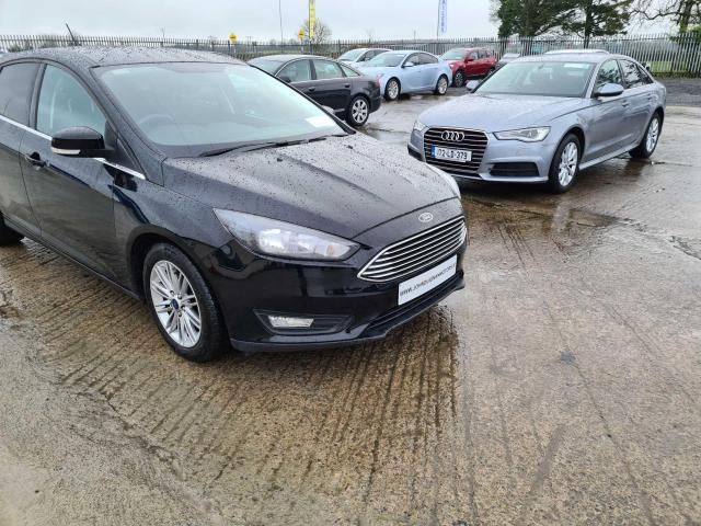 2017 Ford Focus - Image 17