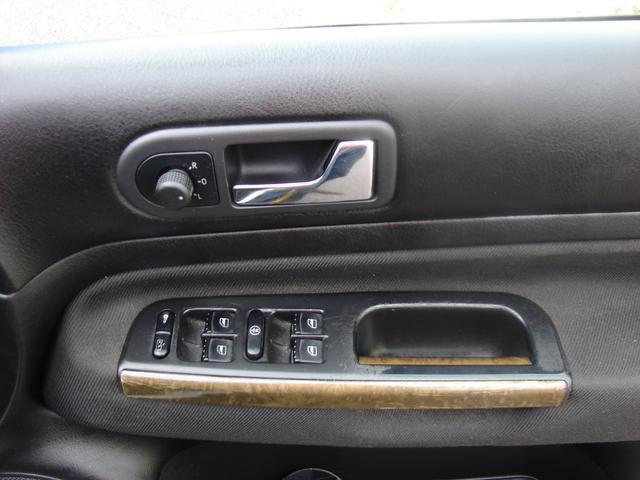 2000 Volkswagen Golf - Image 16