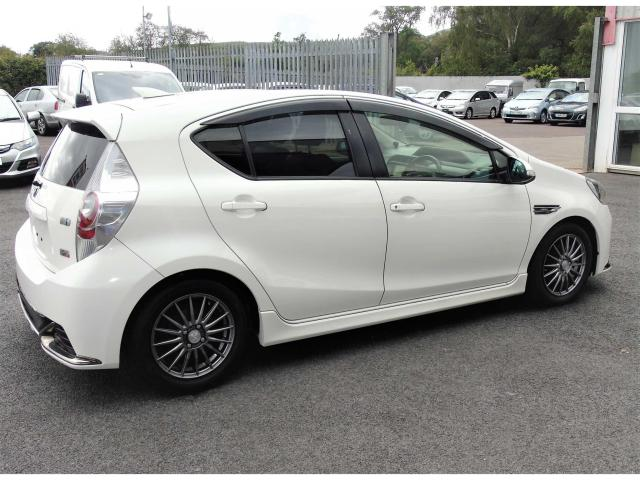 2014 Toyota Arius - Image 3