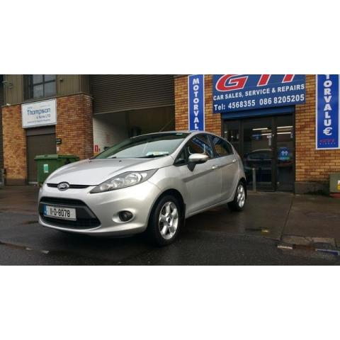 2011 Ford Fiesta - Image 2