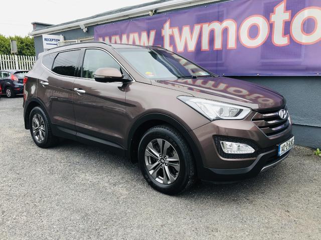 2014 Hyundai Santa Fe - Image 10