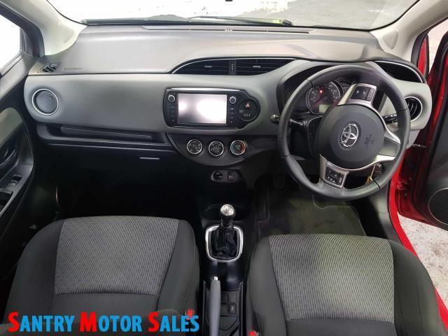 2014 Toyota Yaris - Image 7