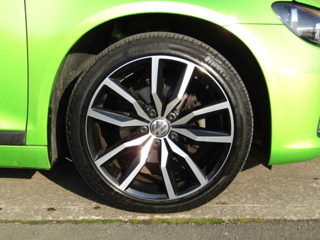 2015 Volkswagen Scirocco - Image 10