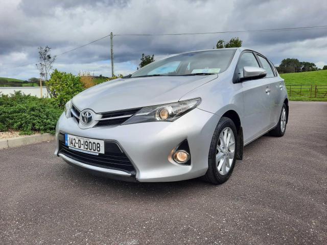 2014 Toyota Auris - Image 1