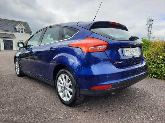 2017 Ford Focus - Image 5