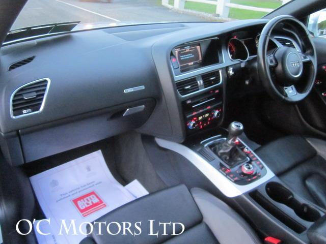2012 Audi A5 - Image 12