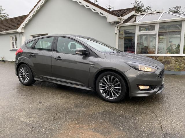 2017 Ford Focus - Image 2