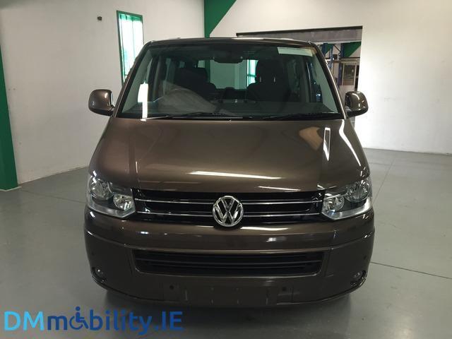 2013 Volkswagen Caravelle - Image 2