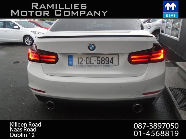 2012 BMW 3 Series - Image 6