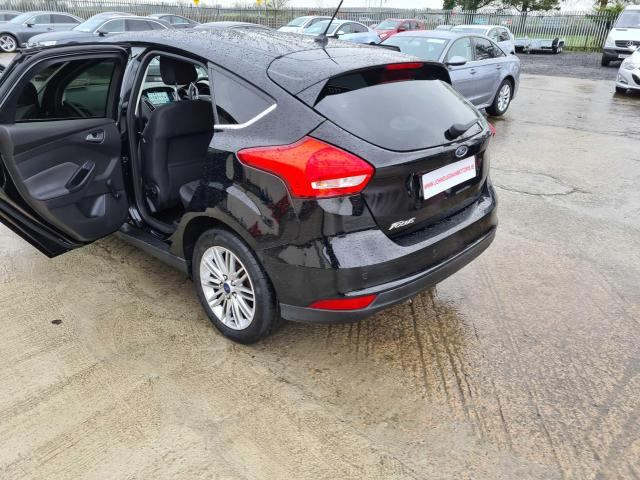 2017 Ford Focus - Image 14