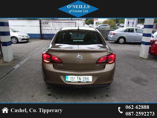 2013 Opel Astra - Image 5