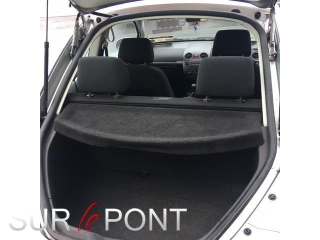 2008 Volkswagen Beetle - Image 9