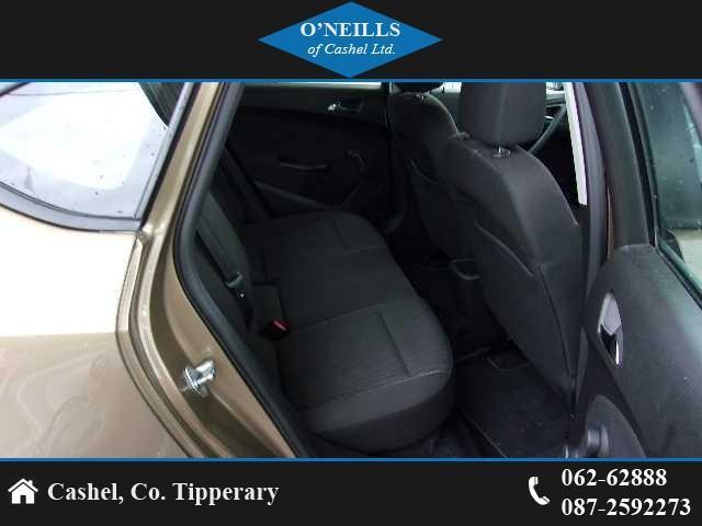 2013 Opel Astra - Image 8