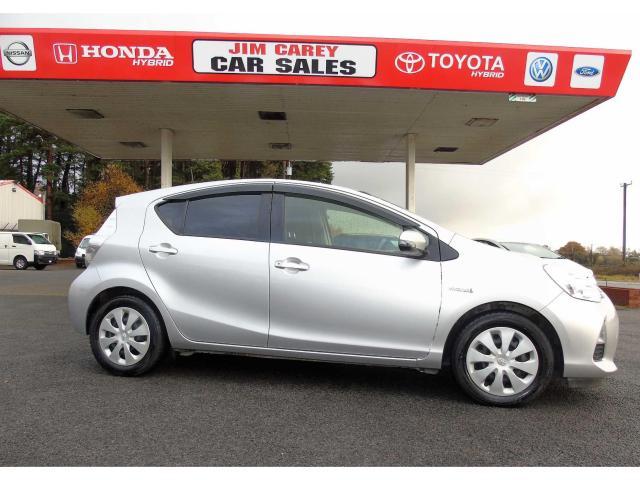 2013 Toyota Aqua PRIUS COMPACT