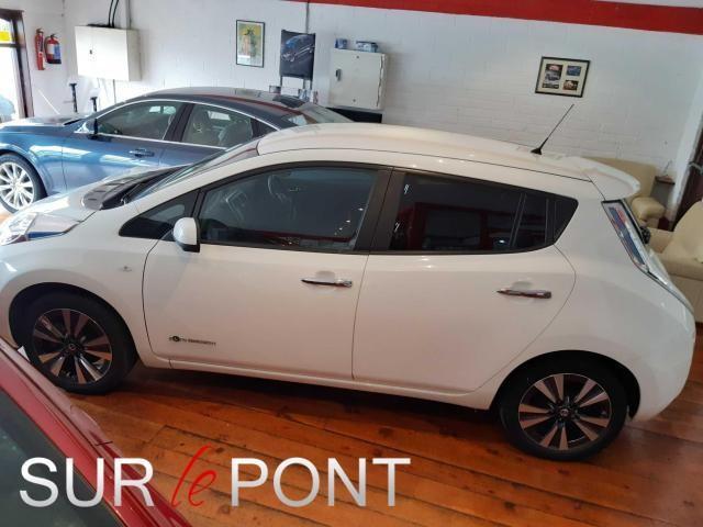2017 Nissan Leaf - Image 15