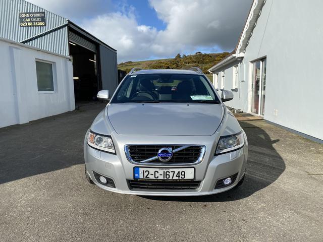 2012 Volvo V50 - Image 2