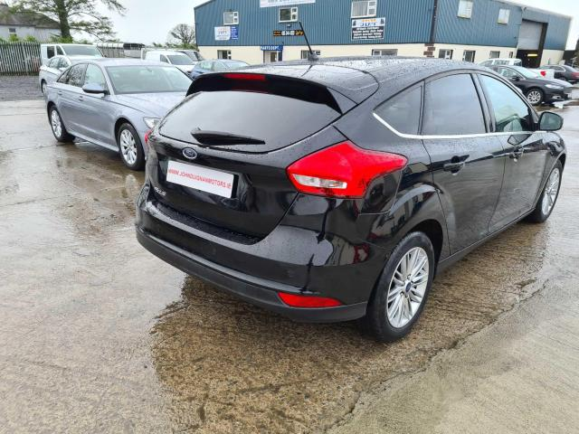 2017 Ford Focus - Image 24