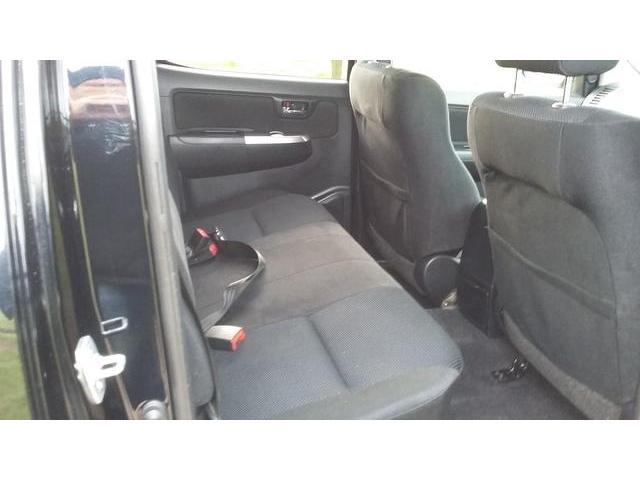 2015 Toyota Hilux - Image 5