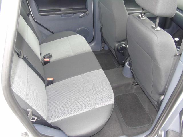 2011 Mitsubishi Colt - Image 9