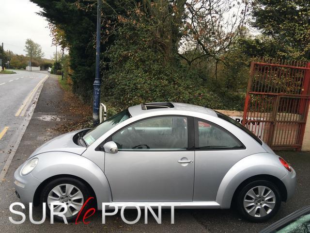 2008 Volkswagen Beetle - Image 5