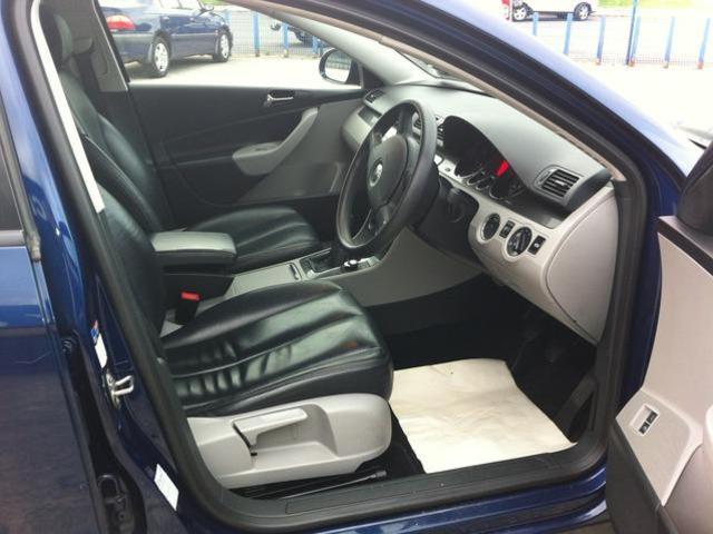 2008 Volkswagen Passat - Image 6