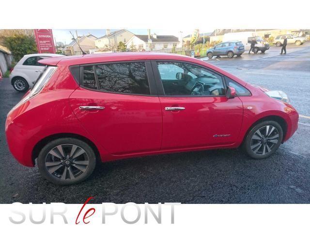 2017 Nissan Leaf - Image 1