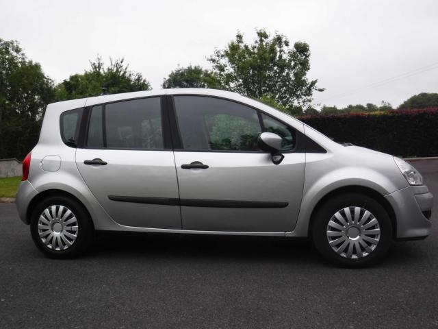 2008 Renault Modus - Image 4