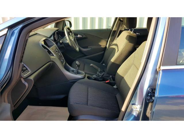 2015 Vauxhall Astra - Image 4