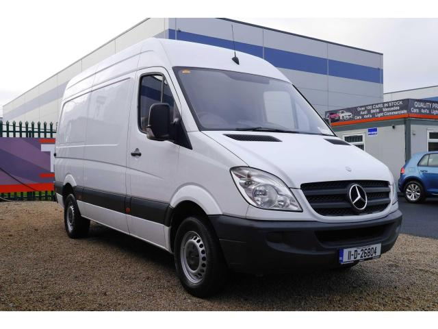 2011 Mercedes-Benz Sprinter - Image 3