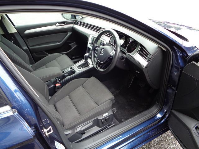 2015 Volkswagen Passat - Image 9