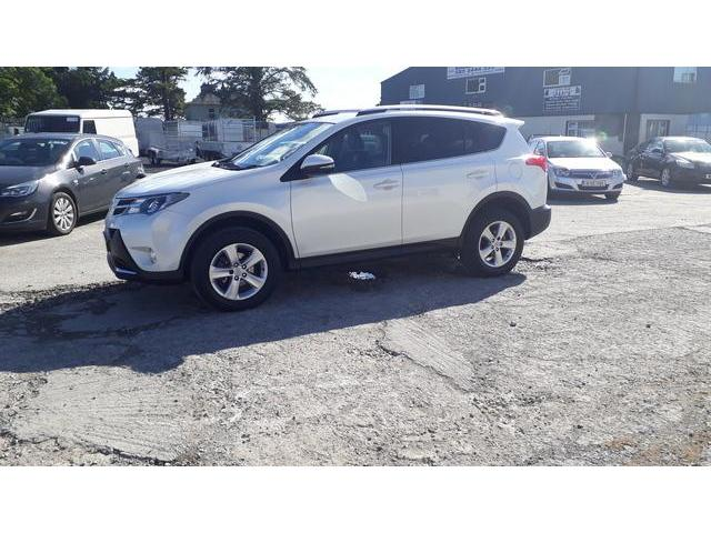 2014 Toyota Rav4 - Image 7