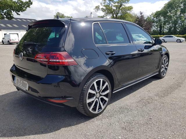 2015 Volkswagen Golf - Image 3