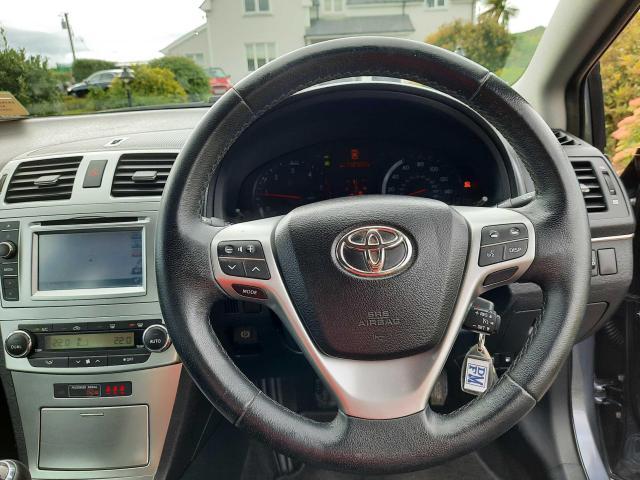 2014 Toyota Avensis - Image 8