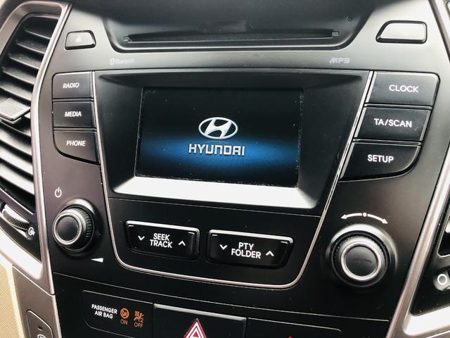 2014 Hyundai Santa Fe - Image 14