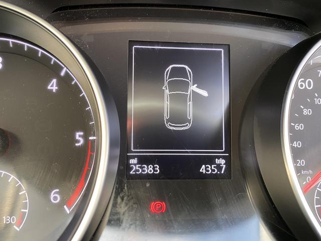 2019 Volkswagen Golf - Image 10