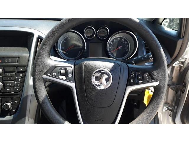 2013 Vauxhall Astra - Image 34