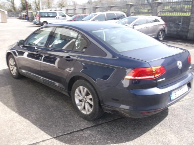 2016 Volkswagen Passat - Image 4