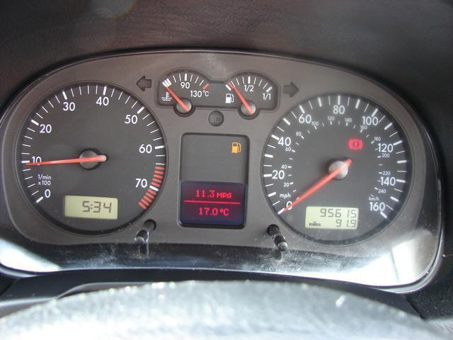 2000 Volkswagen Golf - Image 12