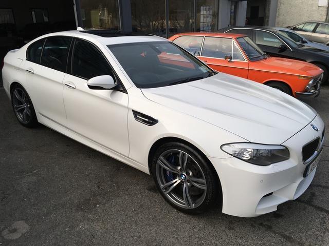 2012 BMW M5 - Image 2
