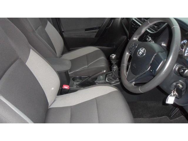2015 Toyota Auris - Image 7
