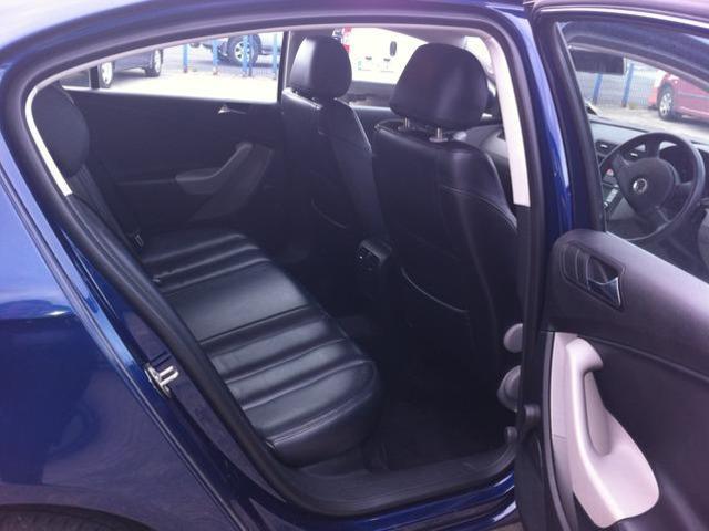 2008 Volkswagen Passat - Image 7