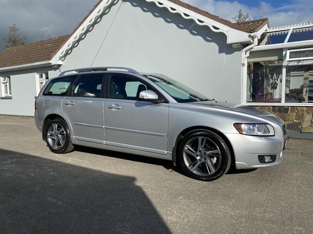2012 Volvo V50 - Image 1