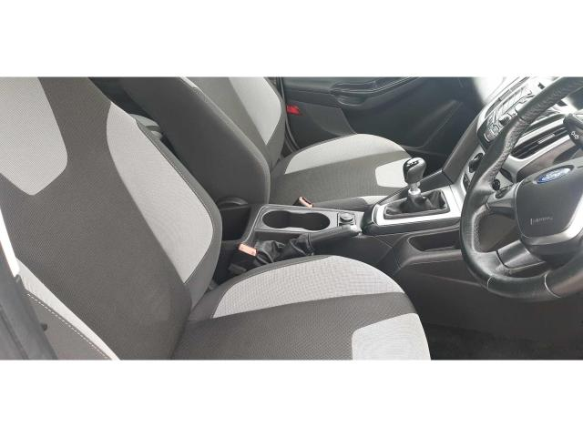 2013 Ford Focus - Image 20