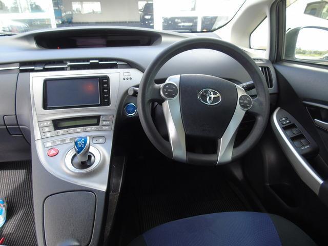 2015 Toyota Prius - Image 6