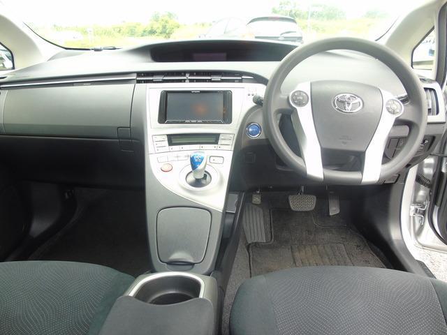 2013 Toyota Prius - Image 10
