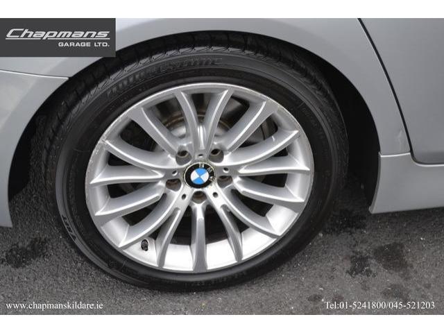 2015 BMW 5 Series - Image 10